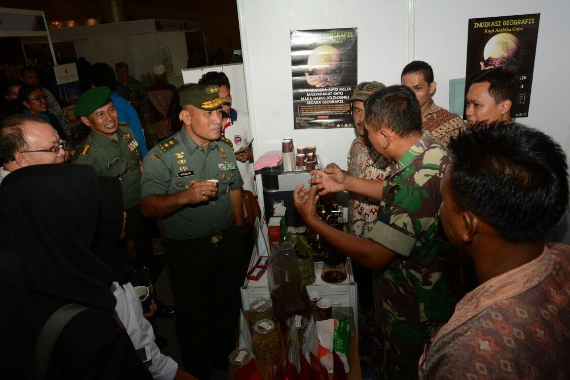 Kopi Arabika Gayo Binaan TNI AD Dipamerkan Di SMESCO Rebug Kopi Nusantara