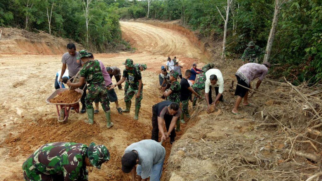 Jalan Tembus Menuju Impian Warga Desa Bukit Baling