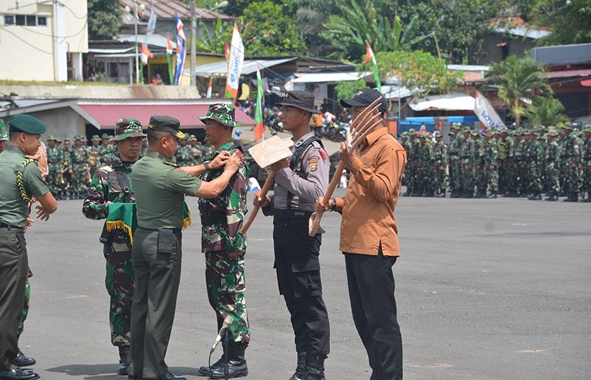 Kasad Resmi Menutup TMMD ke-100 di Bengkulu