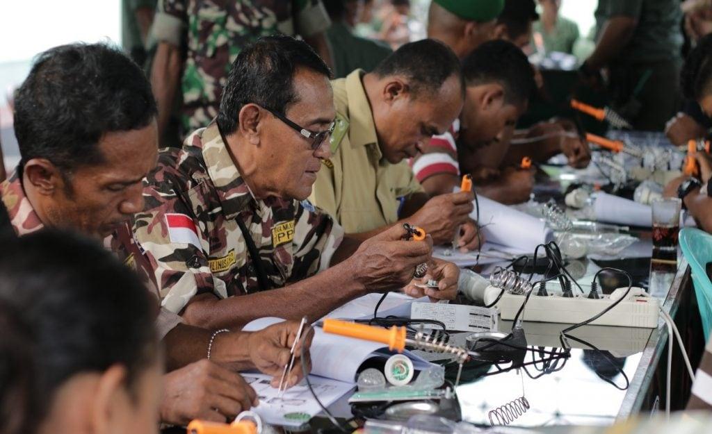 Listrik Mandiri Tentara Rakyat Ende (LIMATERE) Merupakan Wujud Kepedulian Kodim 1602/Ende Terhadap Kesulitan Rakyat Ende