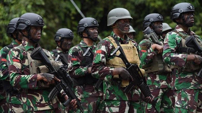 Survei Poltracking: 76% Publik Percaya pada TNI