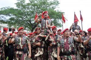 Foto : Panglima TNI Terima Brevet Komando Sebagai Warga Kehormatan Kopassus