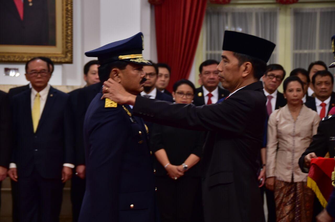 Marsekal TNI Hadi Tjahjanto Resmi Menjabat Panglima TNI