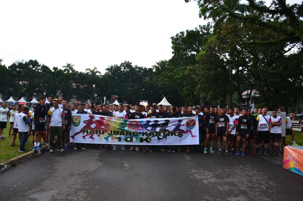 Pangdam Sriwijaya Lepas Ribuan Peserta Lomba Lari 10 K