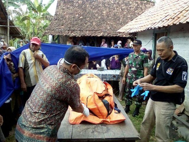 Korban Hanyut Ditemukan oleh Tim Gabungan di Desa Bakah Kunduran Blora