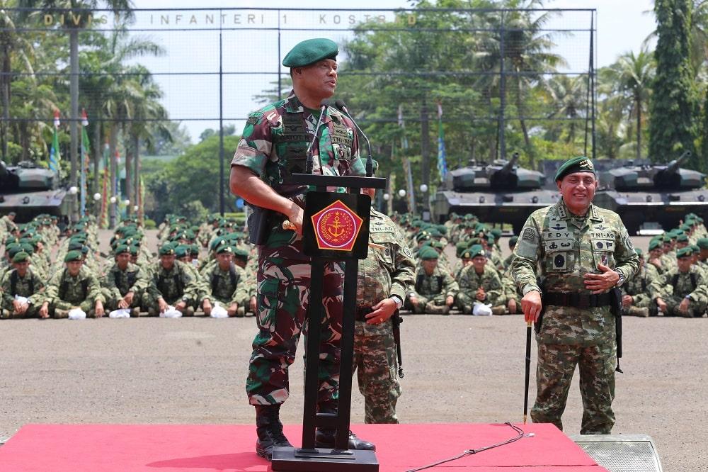 Prajurit Kostrad Terima Pengarahan Panglima TNI Jenderal TNI Gatot Nurmantyo