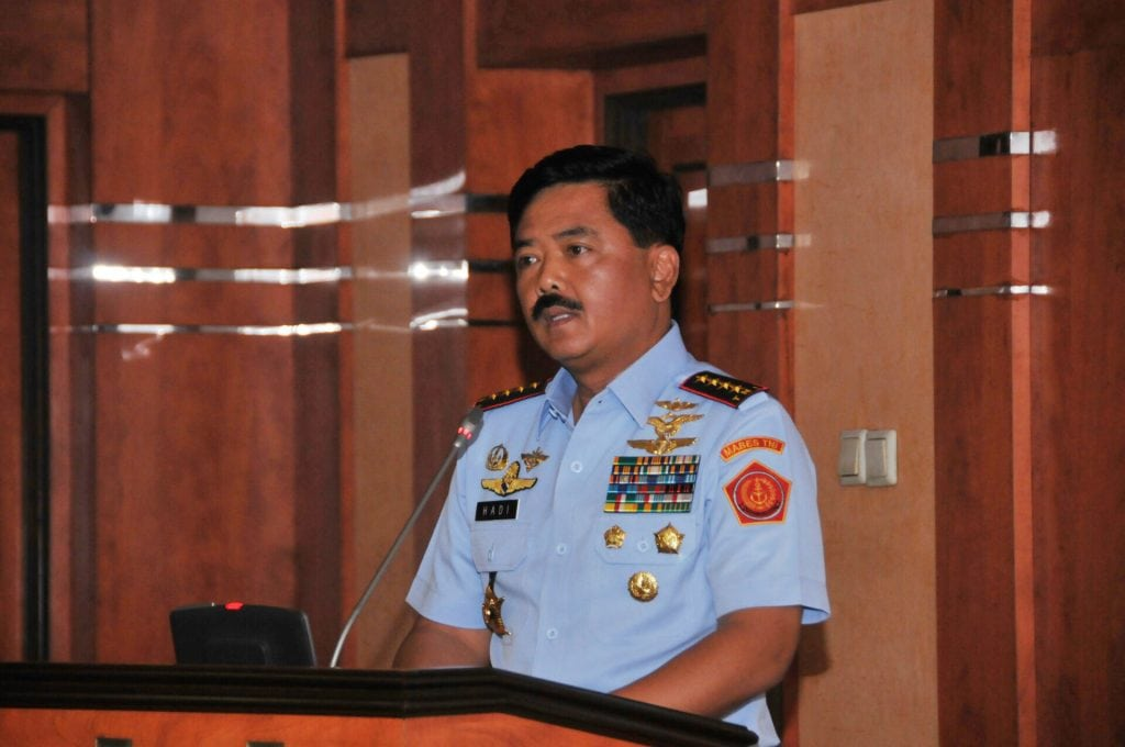 Berita Foto : Entry Briefing Panglima TNI Bersama Kepala Staf Angkatan