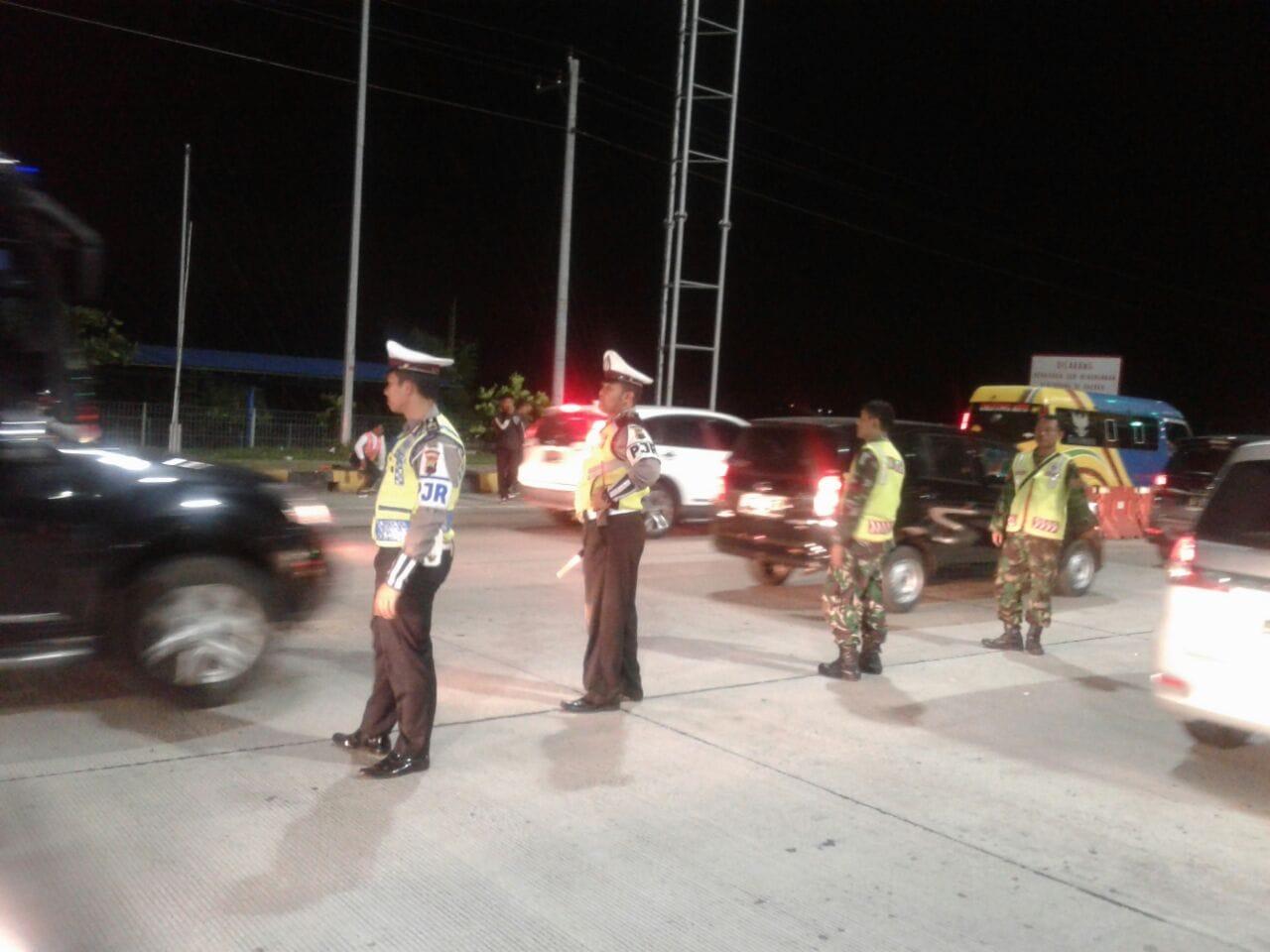 Utamakan Kenyaman dan Keamanan Pemudik, TNI-Polri Siaga di Beberapa Titik Rawan Kemacetan