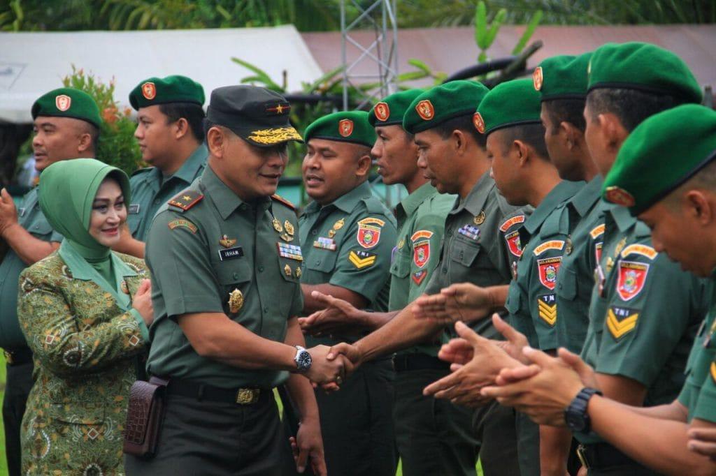 """""""Pecat"""" Hukuman Bagi Prajurit TNI Yang Terlibat Narkoba"""