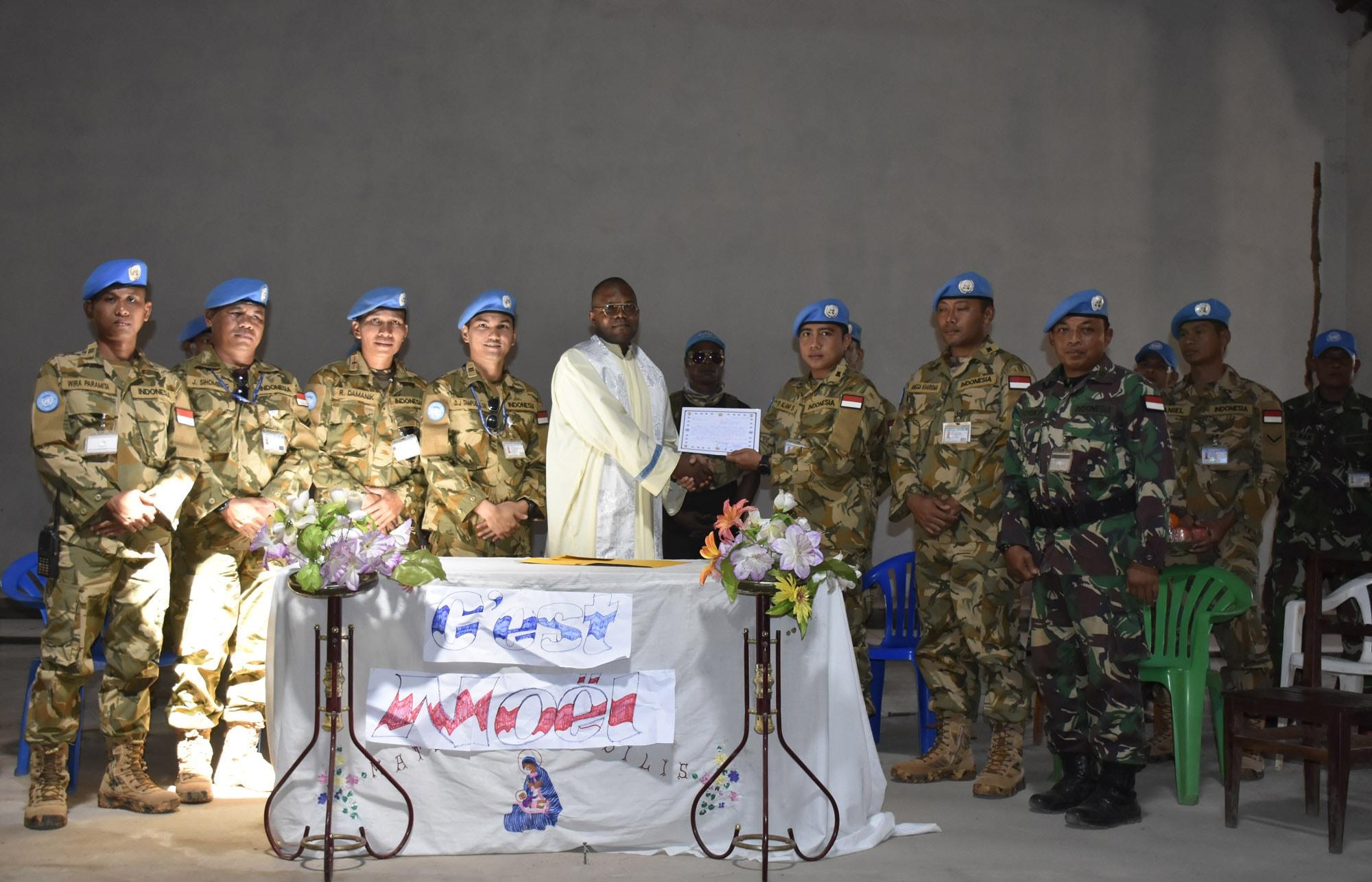 Sebelum Purna Tugas, Kontingen Garuda Perbaiki Sarana Ibadah di Kongo