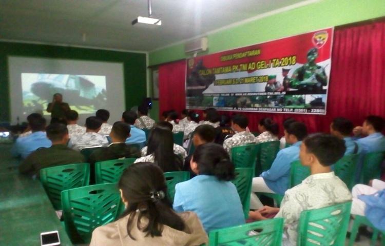 TNI Gelar Sosialisasi Penerimaan Prajurit di Tabanan
