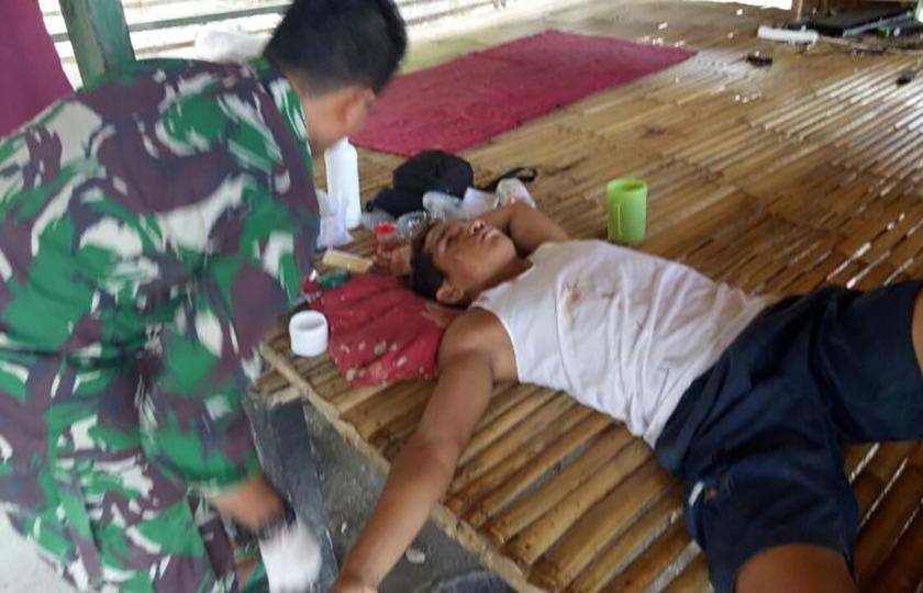 Prajurit Kostrad Adakan Pemeriksaan Kesehatan Keliling Kampung