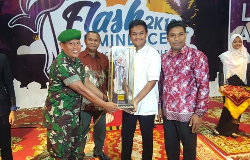 SMAN 3 dan MTSN Model Banda Aceh, Juara Umum Flash Luminescent 2018