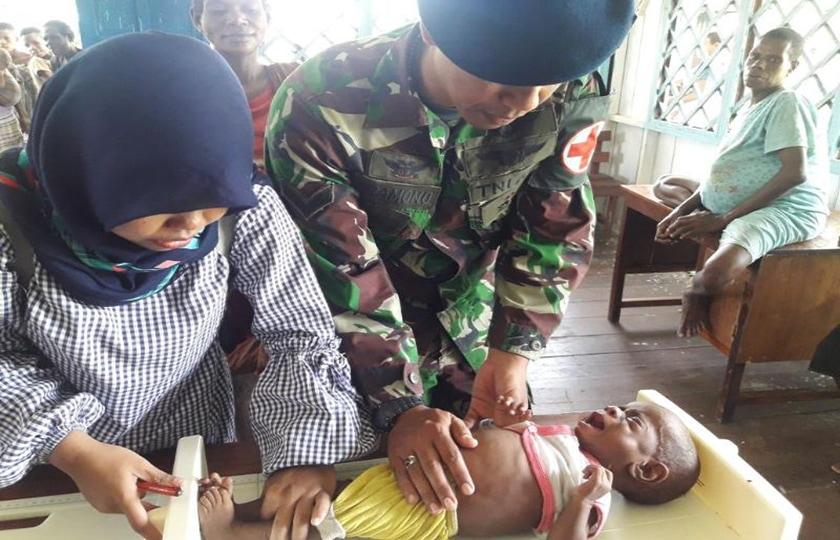 Masyarakat Asmat Antusias Imunisasi Demi Kesehatan