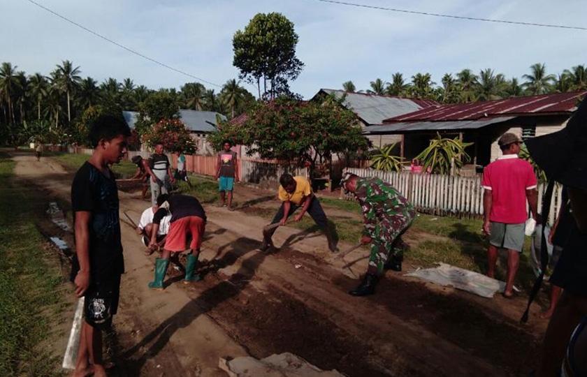 TNI Selalu Ada Membantu Kesulitan Rakyatnya