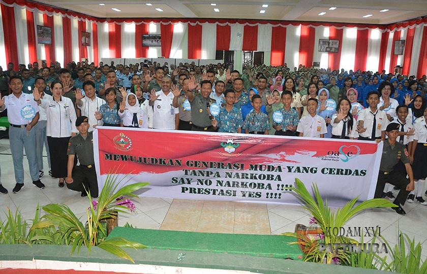 TNI-Polri di Ambon, Gelar Sosialisasi dan Deklarasi Anti Narkoba