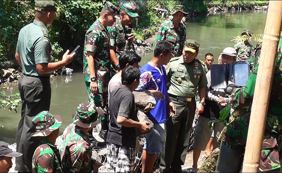 Sukseskan TMMD,TNI dan Warga Pikul Tanggung Jawab Bersama