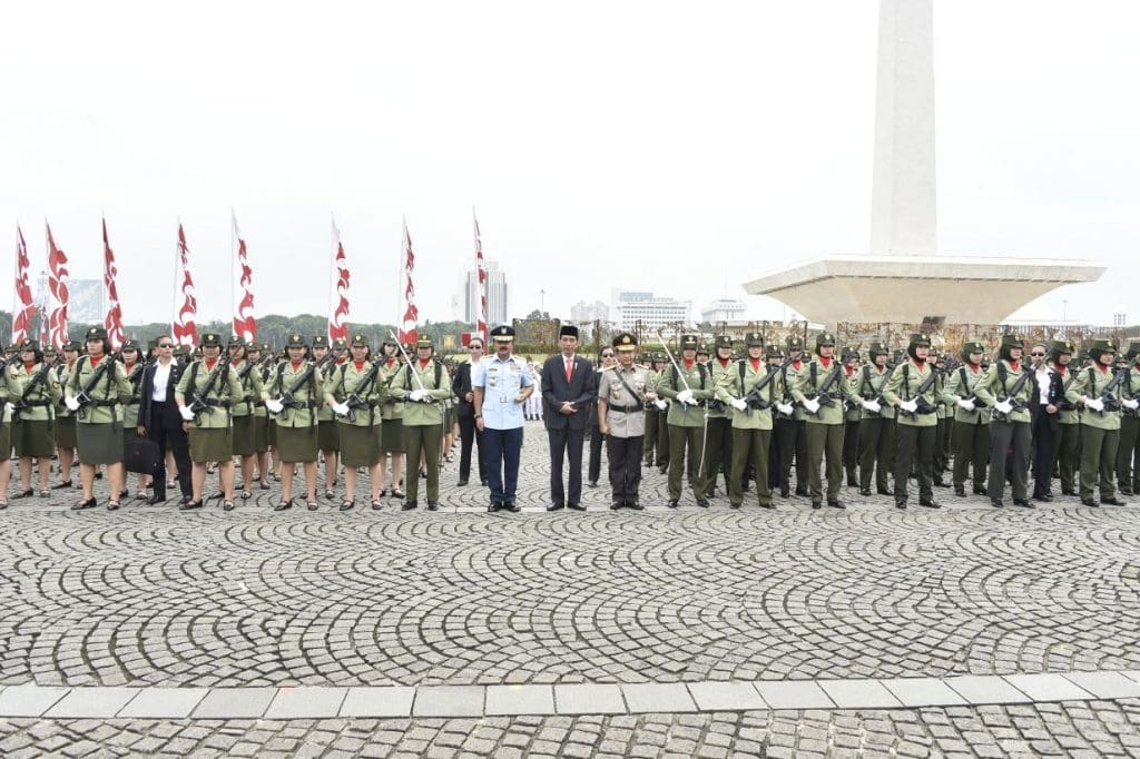 Peringatan Hari Kartini Dalam Apel Bersama Wanita TNI -Polri Tahun 2018