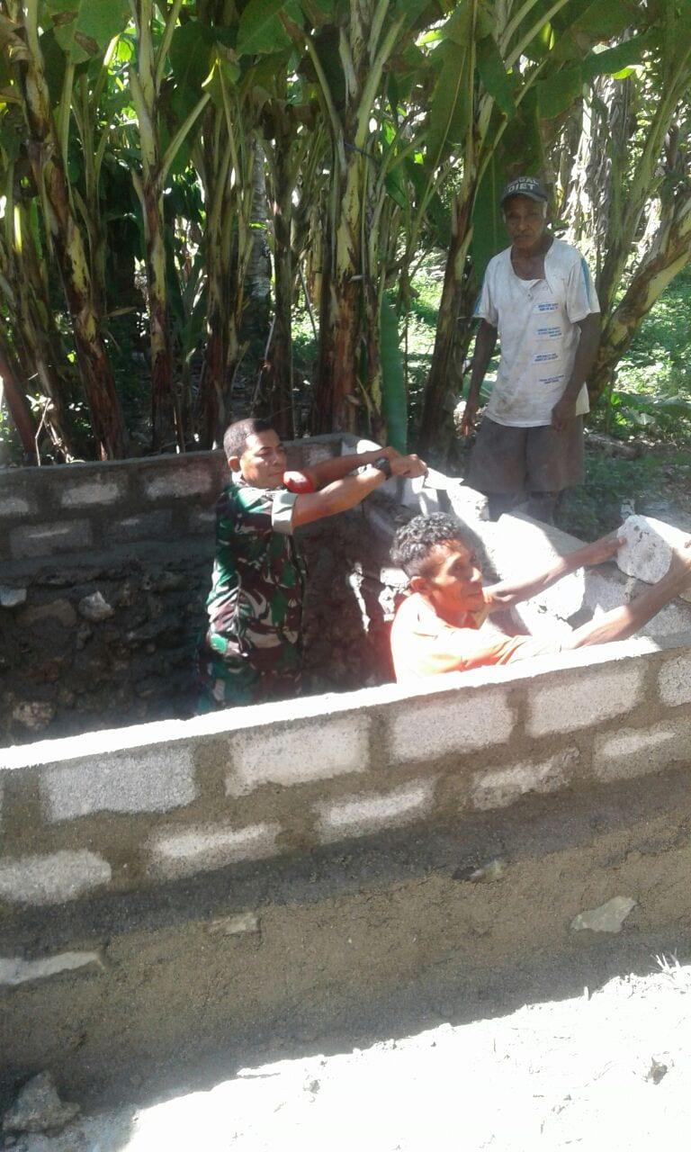Hadirkan Jambanisasi di Dusun Sapta Marga, Babinsa Kopda Dumatalip Moni Bantu Warga