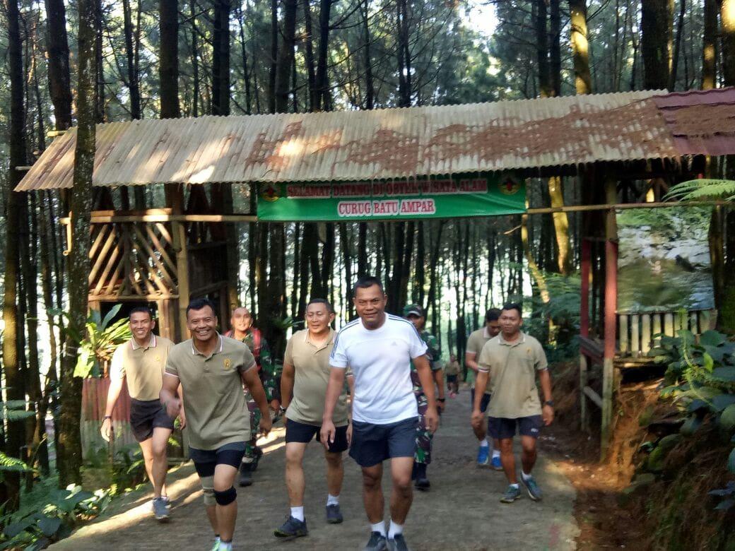 Lari Lintas Gunung, Wujudkan Jiwa Korsa Peserta Apel Dansat Kodam Jaya