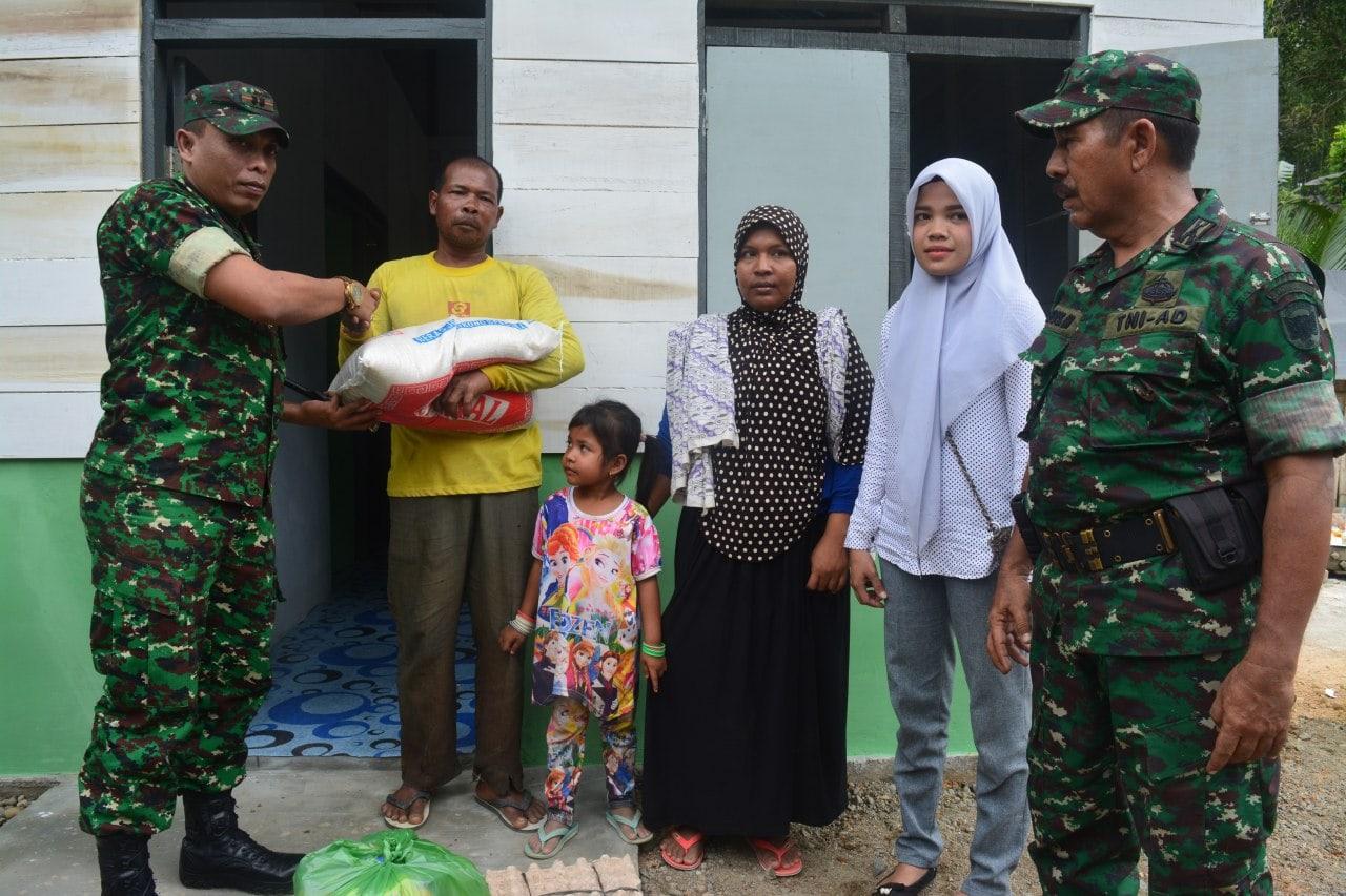 Kodim Aceh Utara Serahkan Rumah Bantuan Untuk Warga Kurang Mampu