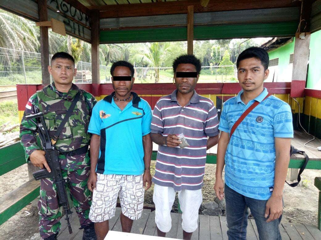 Satgas Yonif 121/Macan Kumbang Kembali Amankan Paket Ganja di Kabupaten Keerom