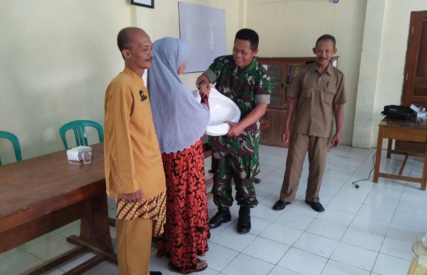 Jamban Untuk Warga, Ciptakan Lingkungan Sehat Bersama TNI AD