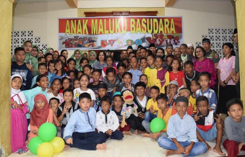 """""""Anak Maluku Basudara"""""""