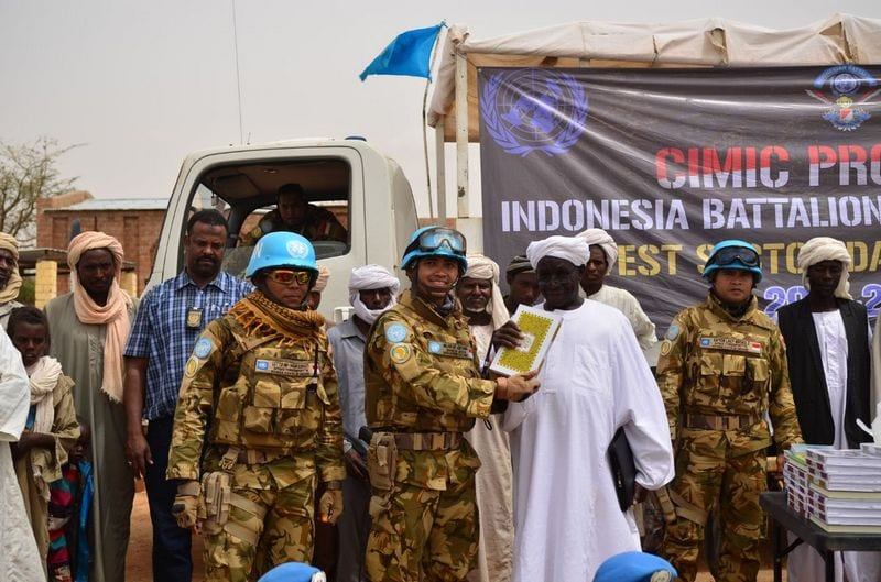Satgas Kontingen Garuda XXXV-D/UNAMID Bantu Warga Sudan