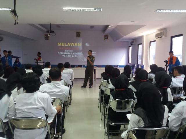 Kodim 0510/Tigaraksa Bekali Wasbang Mahasiswa STIE ISM