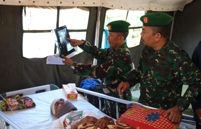 TNI Turunkan Ahli Spine Tangani Korban Patah Tulang Leher