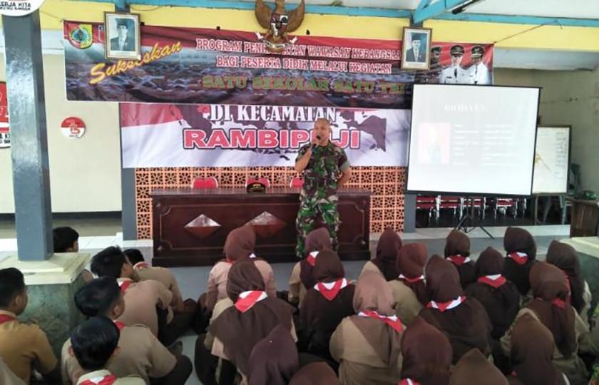 """Program """"Satu Sekolah Satu TNI"""", Bekali Pelajar Pahami Pentingnya Kedisiplinan dan Wawasan Kebangsaan"""