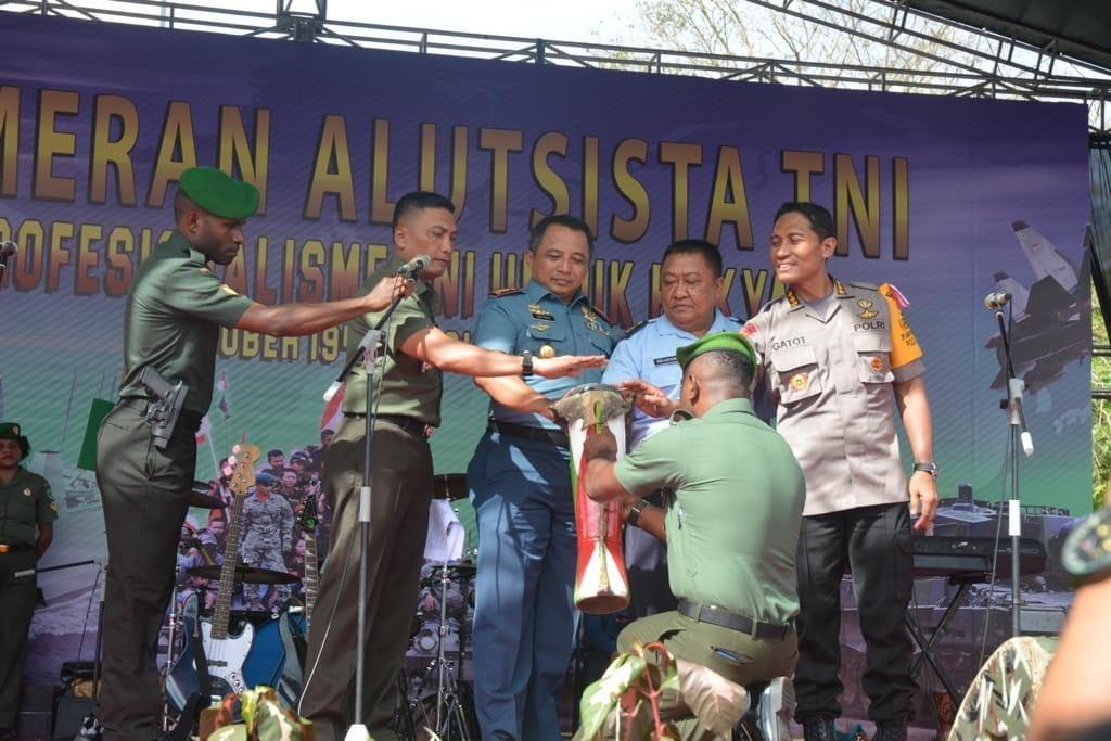 Semarakkan HUT ke-73 TNI, Kodam Cenderawasih Gelar Pameran Alutsista
