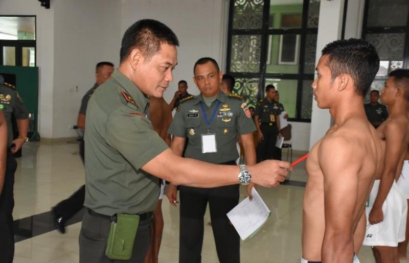 Korem 091/ASN Seleksi Calon Tamtama Putra Borneo