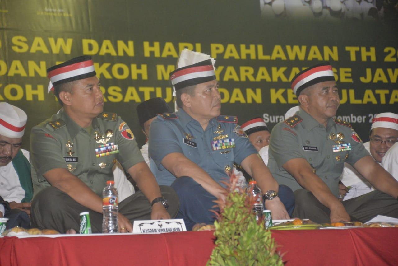 Ribuan Masyarakat Hadiri Peringatan Maulid Nabi Muhammad SAW 1439 H dan Hari Pahlawan di Surabaya