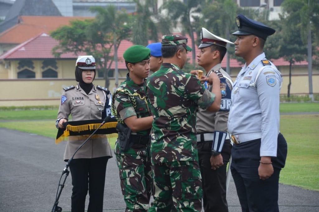 Pangdam V/Brawijaya Pimpin Apel Gelar Pasukan Ops Lilin 2018