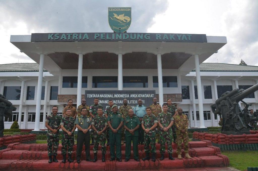 """""""Kerjasama Angkatan Bersenjata PNG dengan Kodam XVII/Cenderawasih"""""""