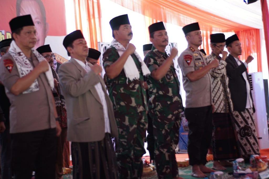 Panglima TNI : Kyai dan Santri, Jaga Heterogenitas Masyarakat Indonesia
