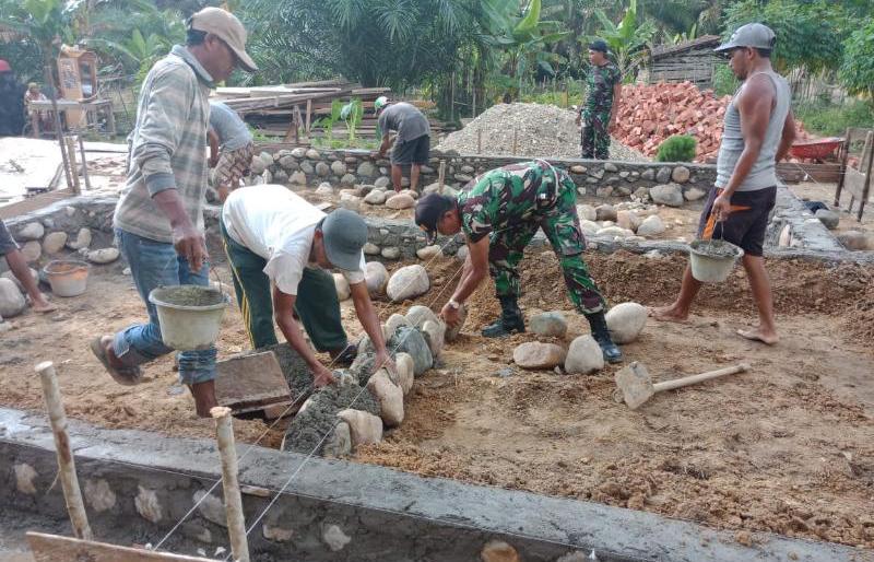 Melalui TMMD, Kodim 0406/Mura Bersama Masyarakat Rehab Rumah Warga Pra Sejahtera