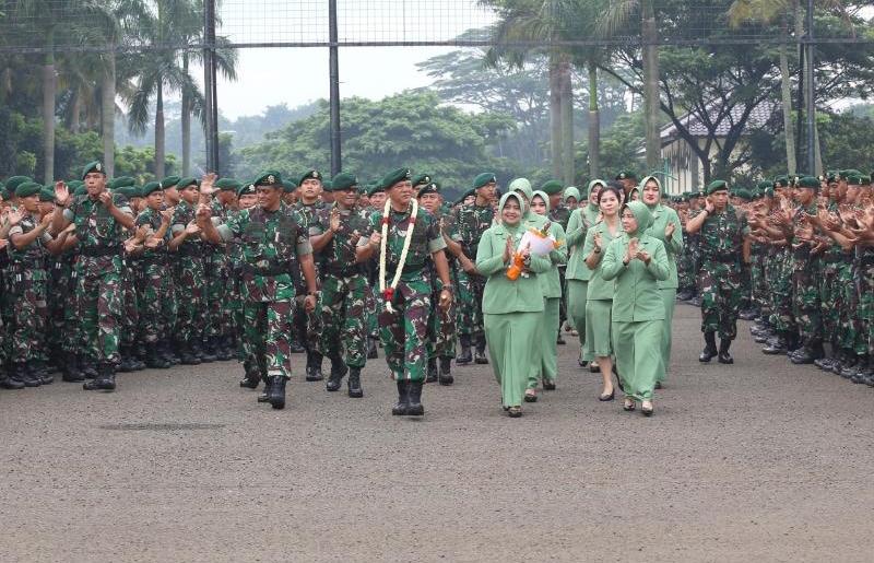 Prajurit Kostrad Militan dan Profesional