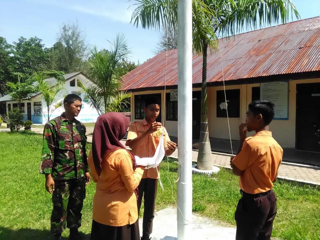 Peduli Dunia Pendidikan, Kopda Hanang Latih Upacara Bendera