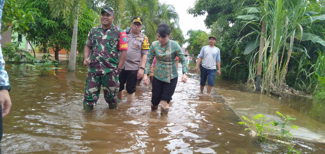 Forkompimda Singkawang Tinjau Lokasi Banjir