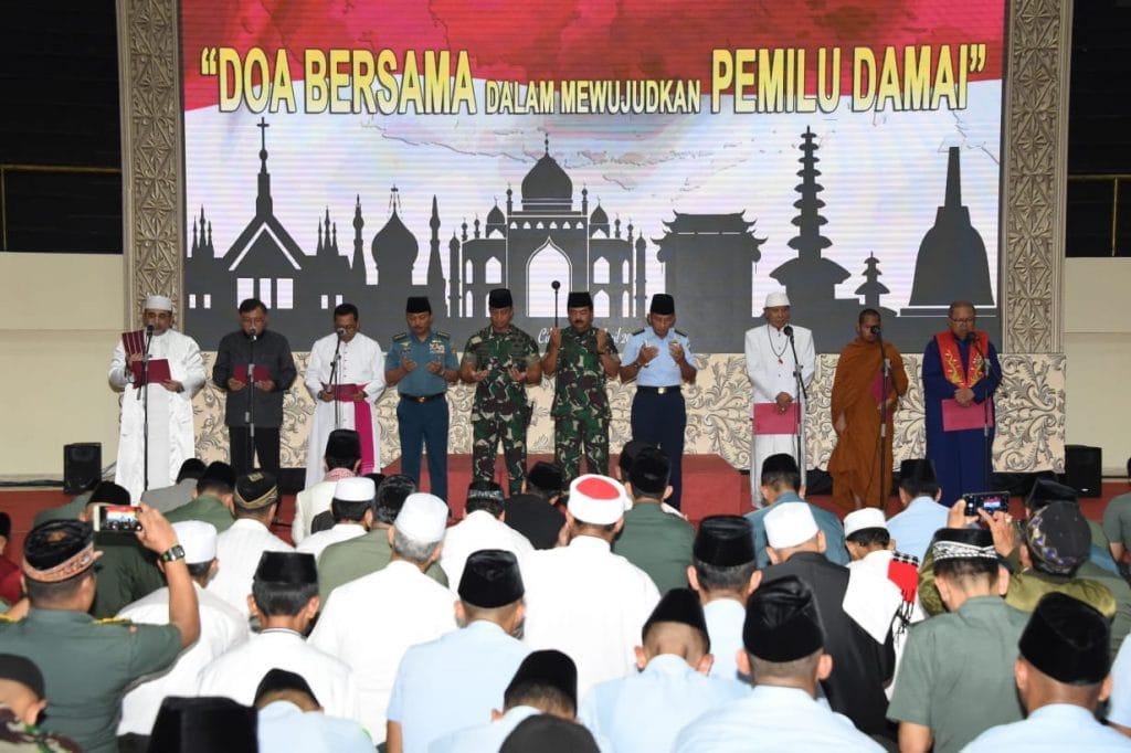 TNI Gelar Doa Bersama Lintas Agama Untuk Pemilu Damai