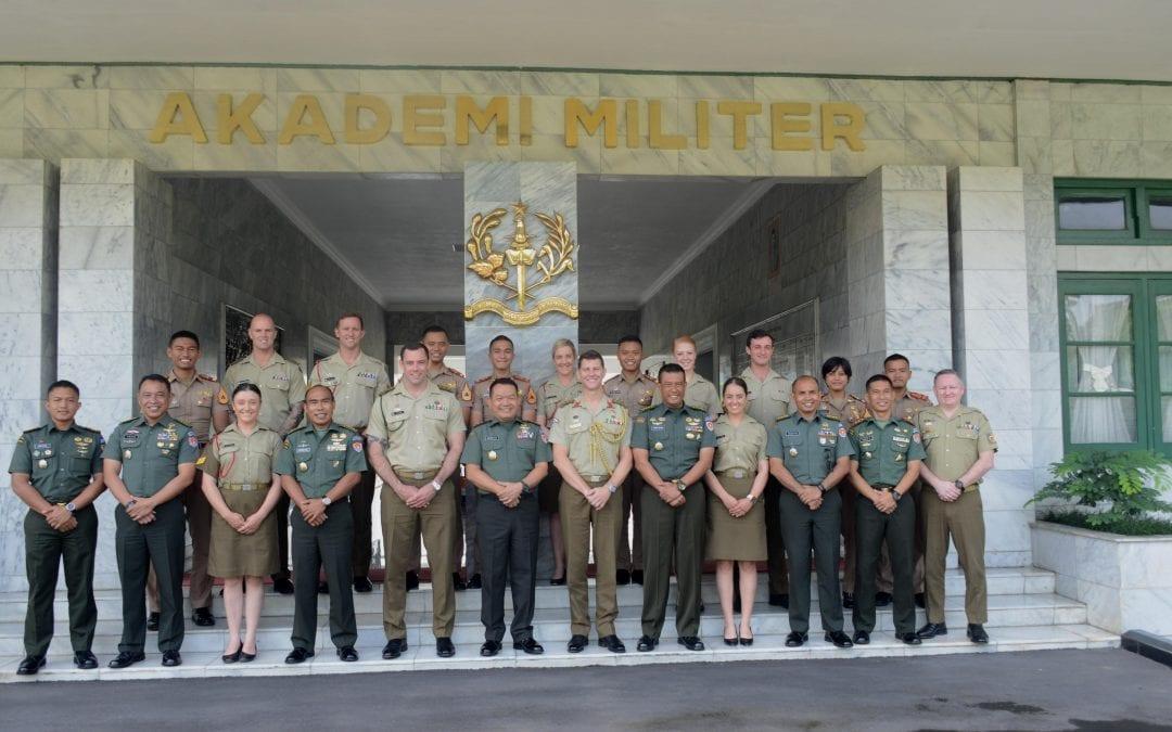Akmil Terima Kunjungan Taruna RMC-D Australia di Magelang