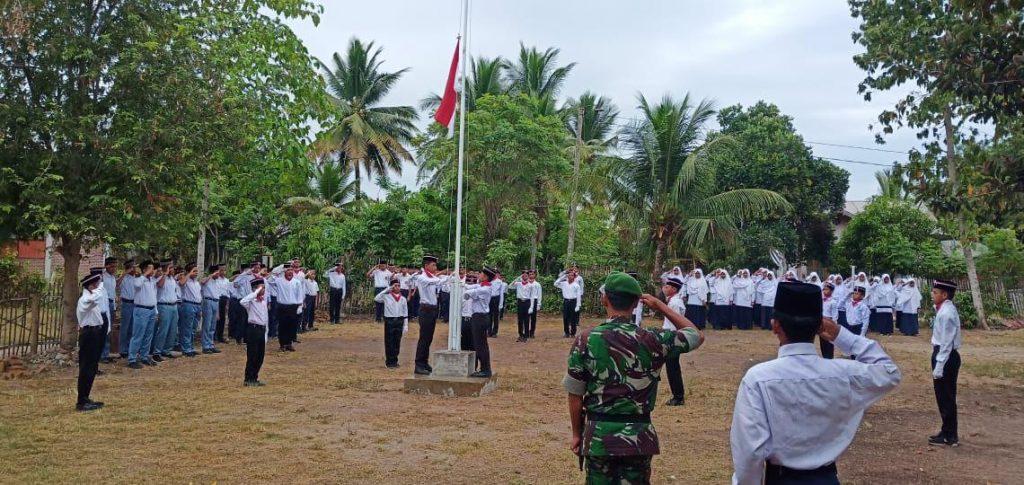 Upacara Bendera, Latih Kedisiplinan Pelajar MTs di Bireuen