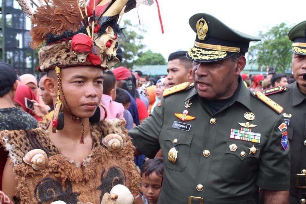 25 Pemuda Perbatasan Dilantik Menjadi Prajurit TNI