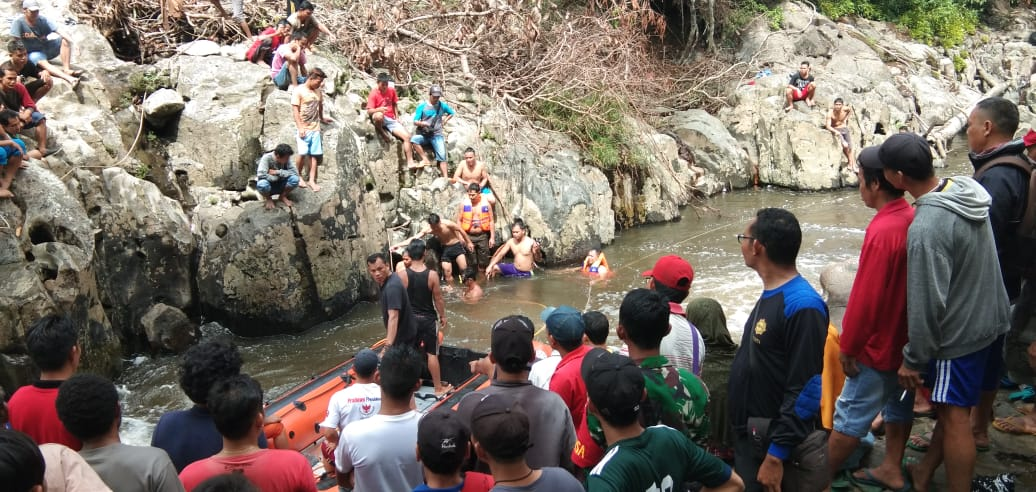 Anggota Korami Bunut Hulu , Evakuasi korban tenggelam
