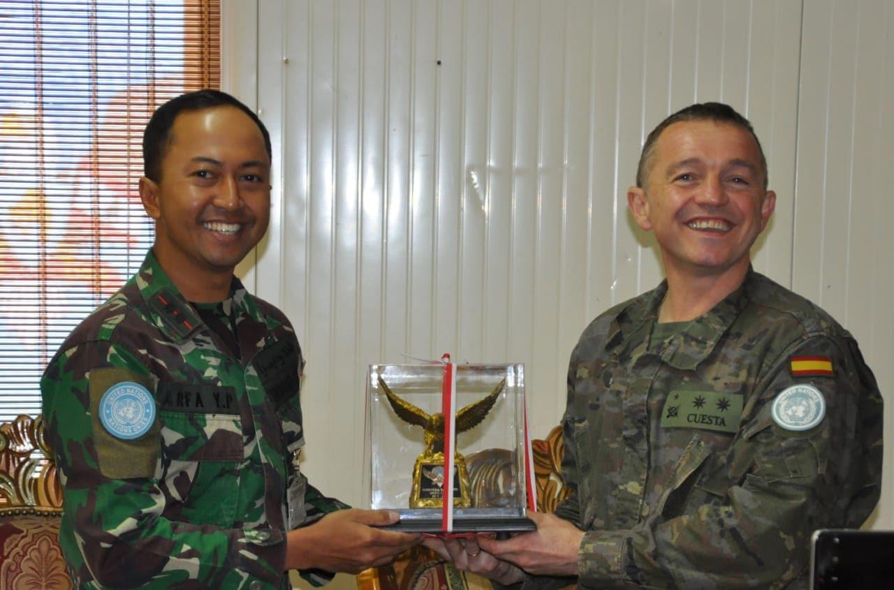 Kunjungan Spainbatt di Indobatt Pererat Silaturahmi dan Kerjasama Satgas UNIFIL