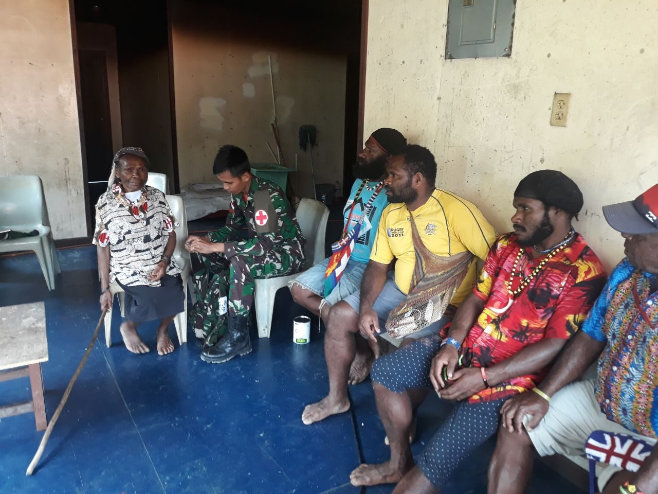 Satgas Yonif 754 Hadirkan Layanan Kesehatan Bagi Warga Pedalaman Papua