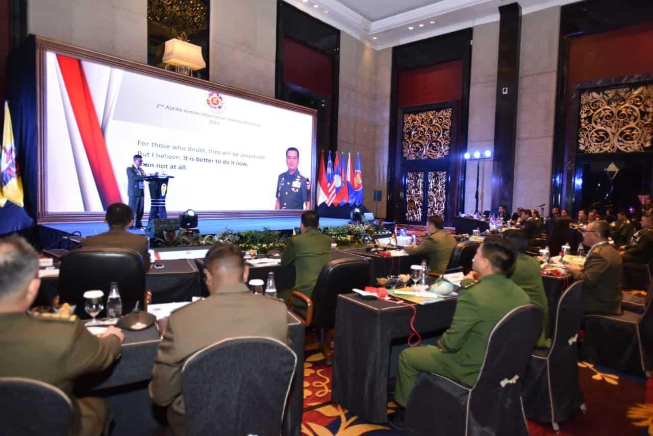Wakasad : Ancaman Keamanan Asia Tenggara Dapat Dihadapi Dengan Strategi Bersama Antar Negara Asean